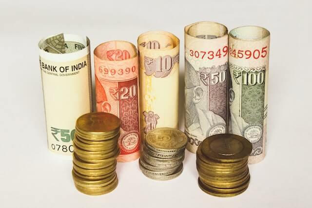 Webマーケティング職の給与はどのくらい?年収を調査